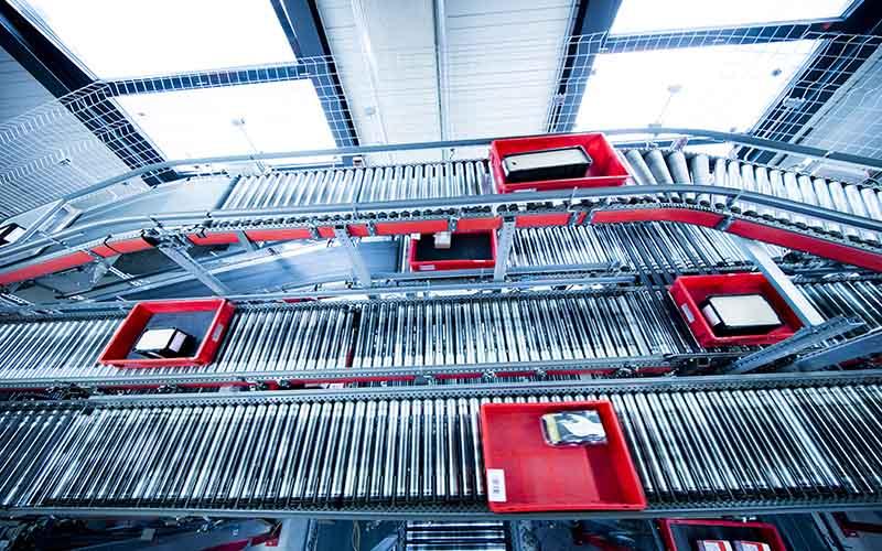 tray on conveyor